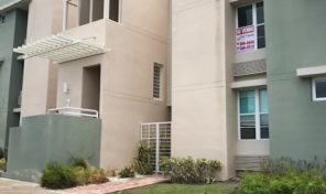 Beautiful Second floor apartment in gated community 125k