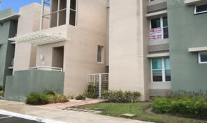 Beautiful apartment in gated community Just 135K